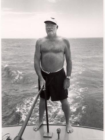alfred-eisenstaedt-author-ernest-hemingway-deep-sea-fishing-in-waters-off-havana