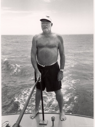 alfred-eisenstaedt-author-ernest-hemingway-deep-sea-fishing-in-waters-off-havana